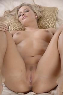 Laura antolli sex porno